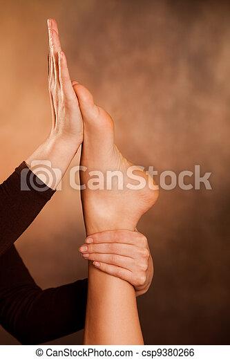 massaggio plantare - csp9380266
