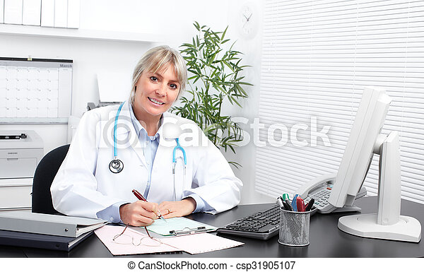 Mature medical doctor woman. - csp31905107