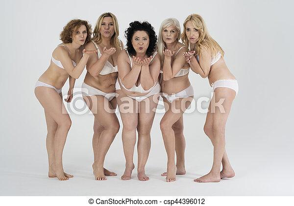 Pictures of mature women in underwear