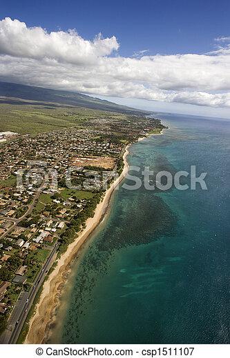 Maui, Hawaii coast. - csp1511107