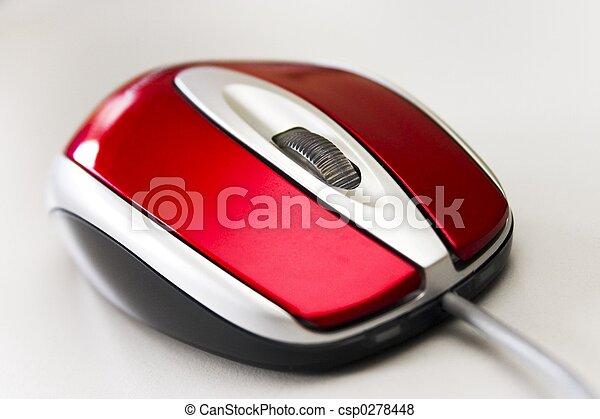 Rote Maus - csp0278448