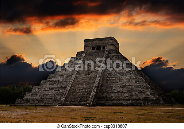 Mayan pyramid in Chichen-Itza, Mexico - csp3318807
