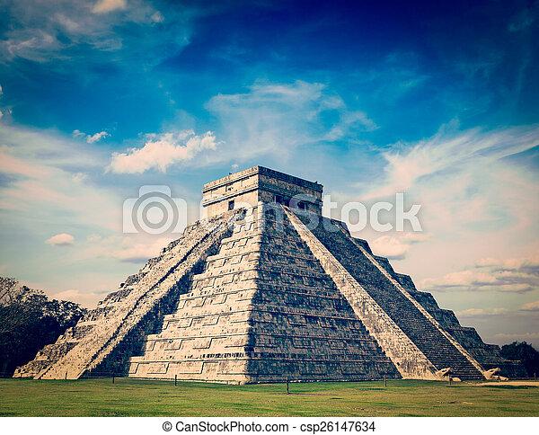 Mayan pyramid in Chichen-Itza, Mexico - csp26147634