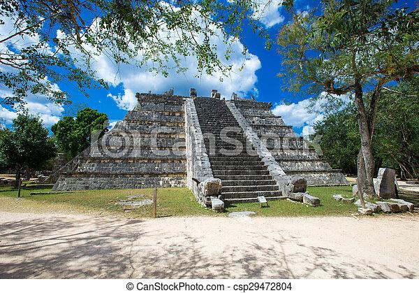 Mayan pyramid in Chichen Itza  - csp29472804