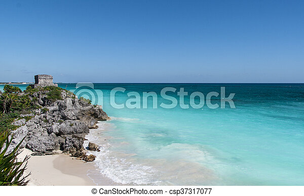 Mayan ruins in Tulum beach, Mexico - csp37317077