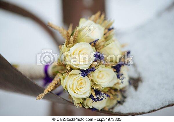 mazzolino, sposa - csp34973305
