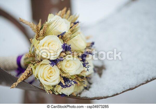 mazzolino, sposa - csp34973285