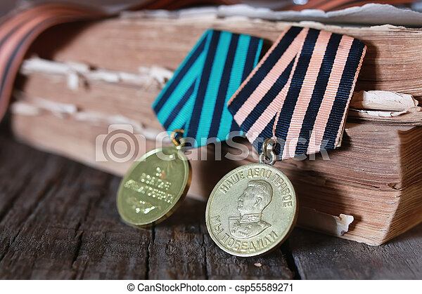 medals WWII composition