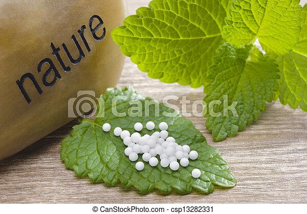 medicin, alternativ - csp13282331