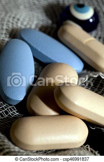 medicina, píldoras - csp46991837