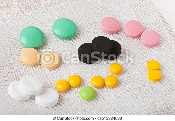 medicinsk, pillerne - csp13324030