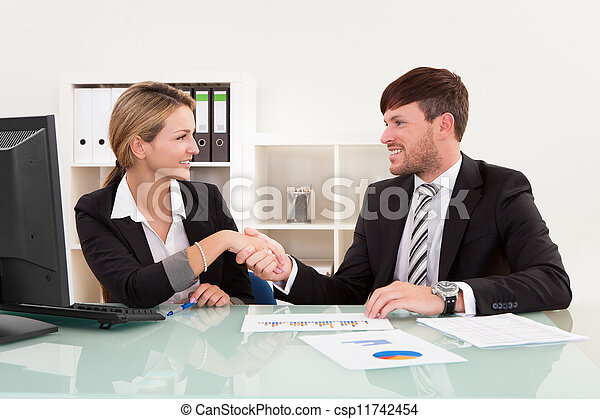 Meeting for joint business venture - csp11742454
