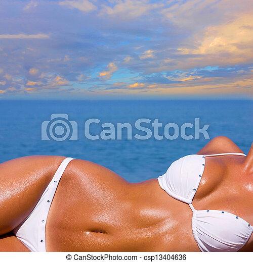 menina, bonito, relaxante, praia - csp13404636