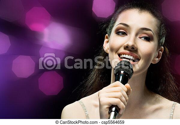 menina, cantando - csp5564659