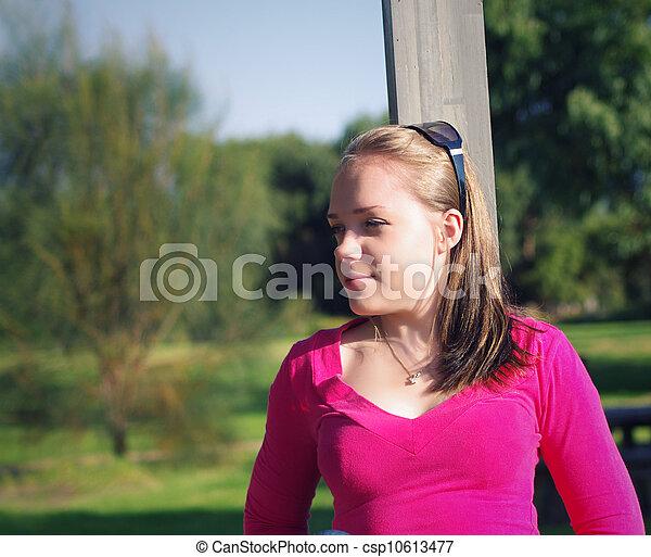 menina, parque - csp10613477