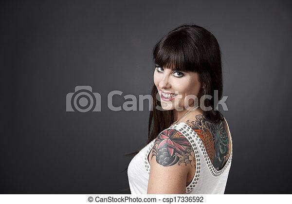 menina, tatoos - csp17336592