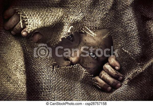 menino pobre, pequeno, artisticos, retrato - csp28757158