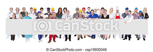 mensen, beroepen, gevarieerd, vasthouden, leeg, buitenreclame - csp19930049