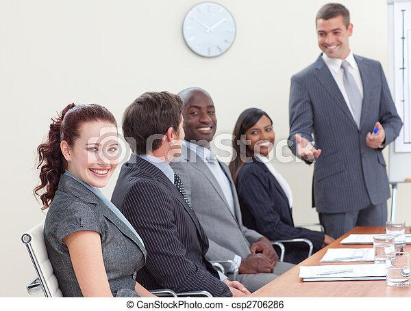 mensen, collega, zakelijk, het luisteren, vergadering - csp2706286