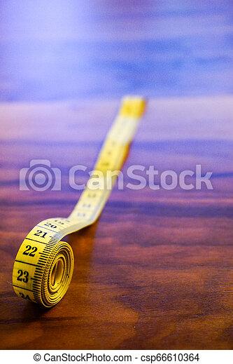 mesurer, roulé, bande, fin, vue - csp66610364