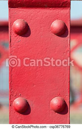 Antiguo fondo de metal rojo con remaches - csp36776769