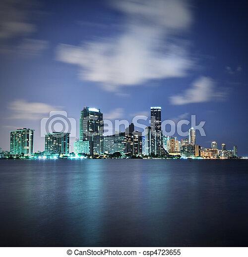 Miami por la noche - csp4723655