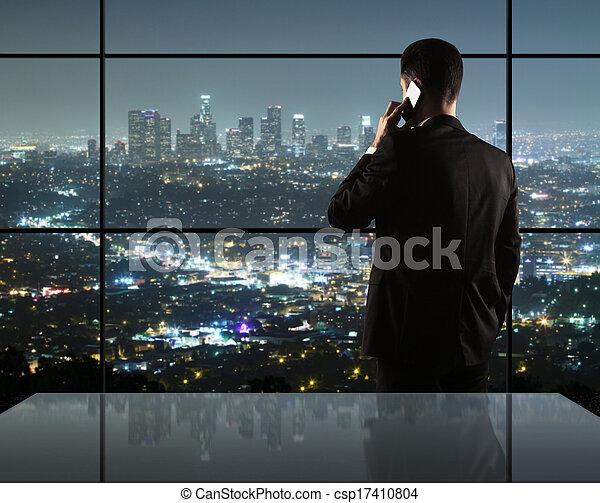 miasto, życie nocne, człowiek - csp17410804