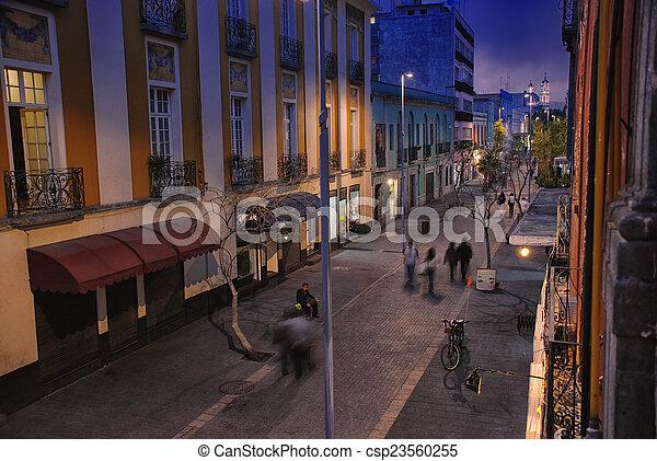 miasto, życie nocne, meksyk - csp23560255