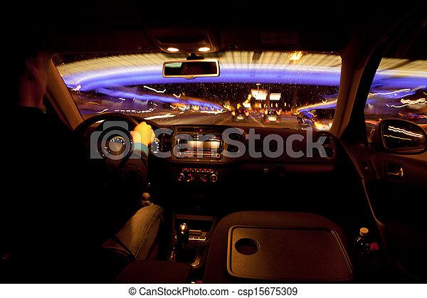 miasto, życie nocne - csp15675309
