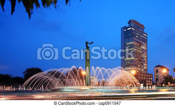 miasto, fontanna - csp0911047