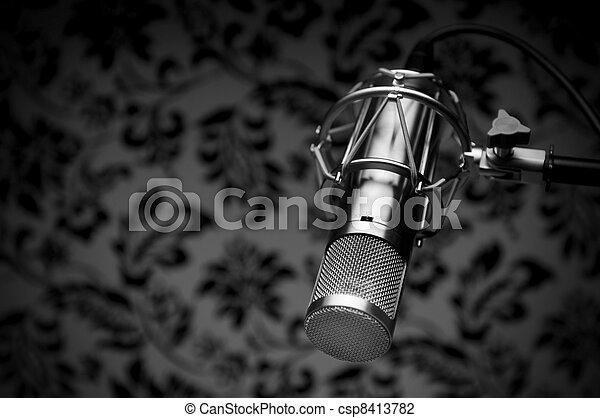 microphone, studio - csp8413782
