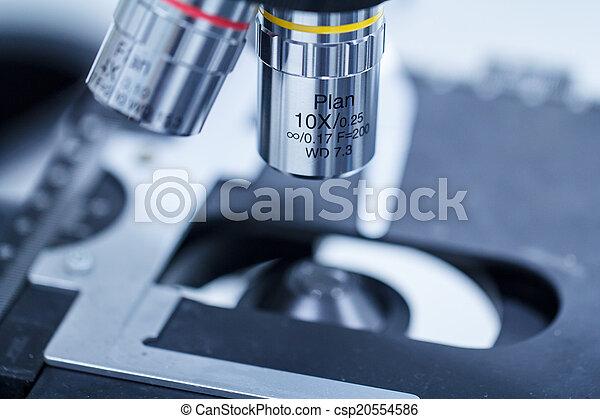 Microscope - csp20554586