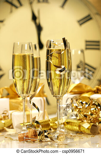 midnight champagne for the new year csp0956671