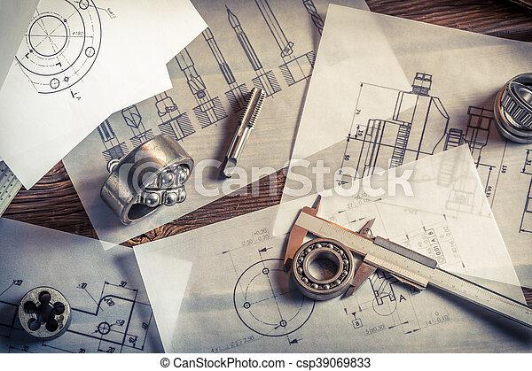 mierniczy, namiar, wyniki, porównywanie, mechaniczny, układ - csp39069833