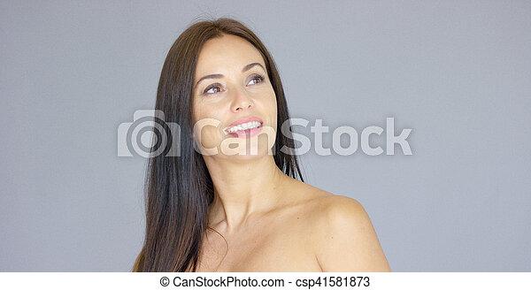 Femme adulte date de sortie unique