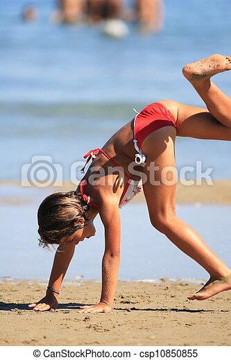 mignon, peu, plage, girl - csp10850855