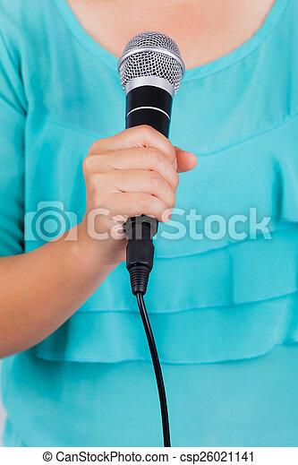 mikrofon, samica, dzierżawa ręka - csp26021141