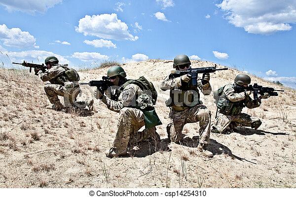 militaer, betrieb - csp14254310
