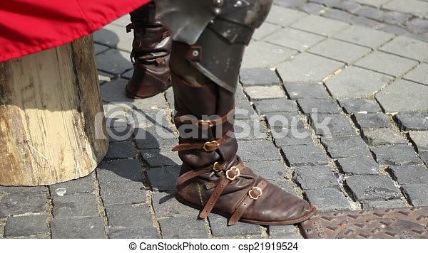 militaire, moyen âge, bottes