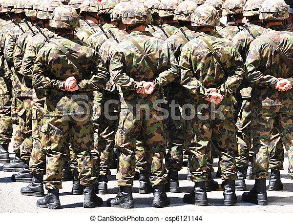 militar, homens - csp6121144