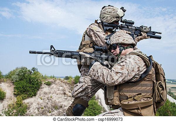 militar, operación - csp16999073