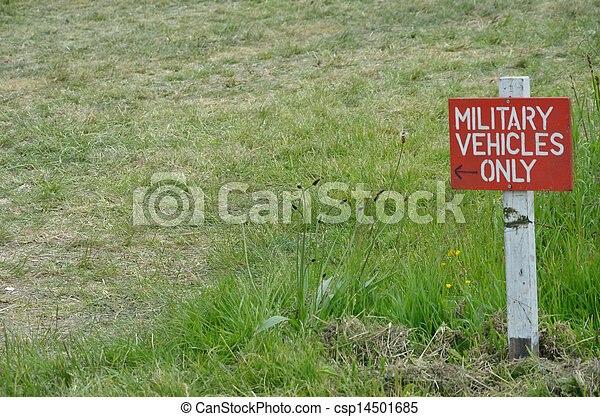 Military vehicle only  sign - csp14501685