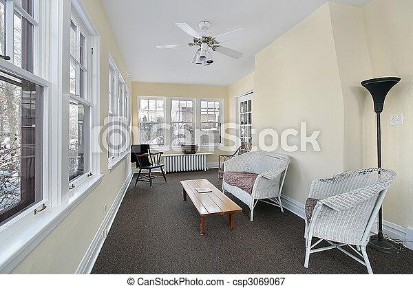 Porche con muebles de mimbre - csp3069067