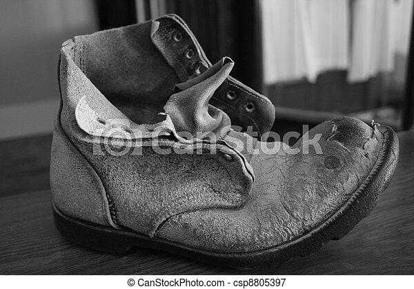 mina, zapato - csp8805397