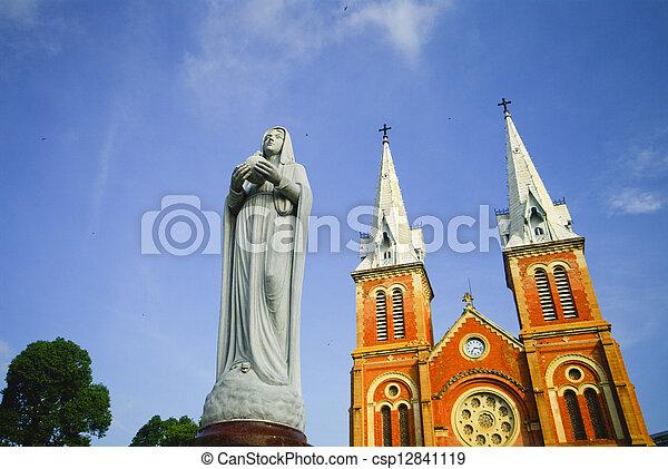 Saigón notre-dame basilica en la ciudad ho chi minh, Vietnam - csp12841119