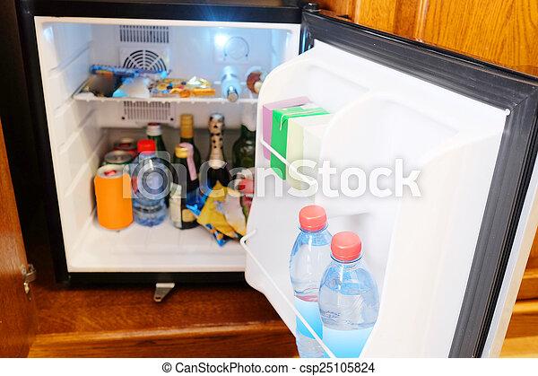 Mini Kühlschrank Zimmer : Mini kühlschrank. mini draußen bar zimmer.