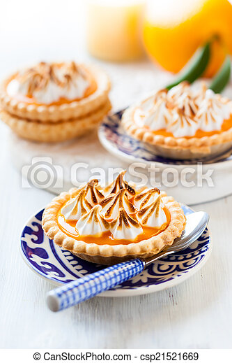 Mini orange curd tartlets - csp21521669