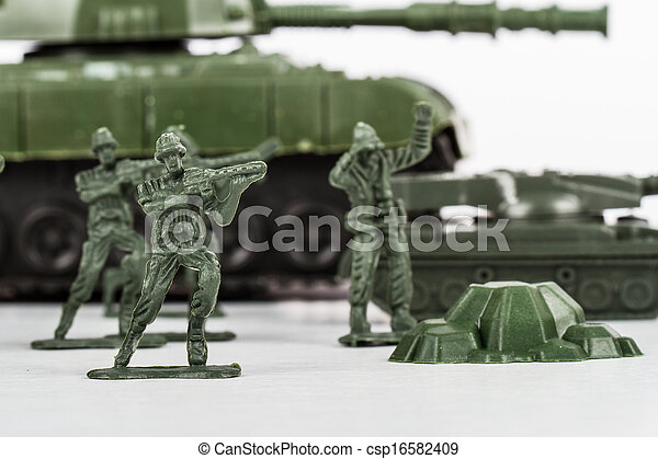 Miniature Toy Soldiers and Tank - csp16582409