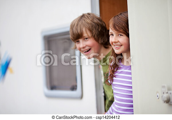 mirar, caravana, entrada, niños, lejos - csp14204412