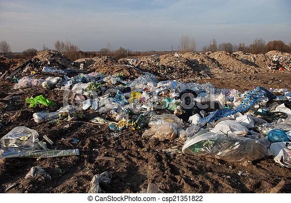 mise en décharge, déchets - csp21351822